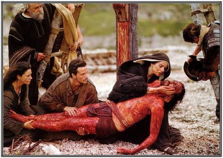 Resultado de imagen de jesús bajado de la cruz