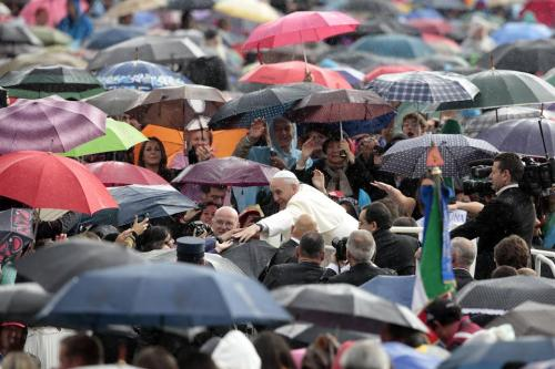 Papa Francisco lluvia